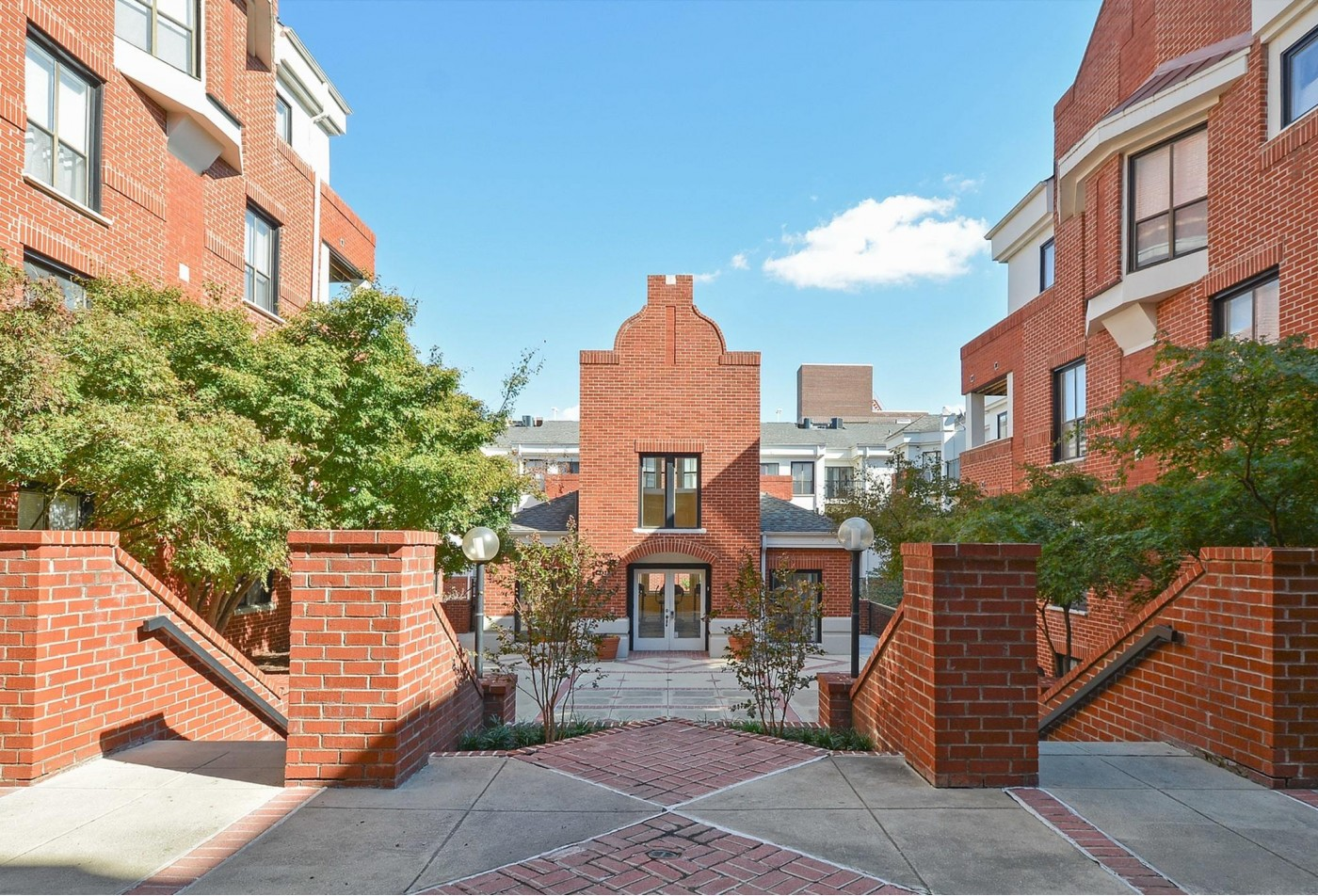 Apartments for rent in Baltimore, MD   Waterloo Place Apartments