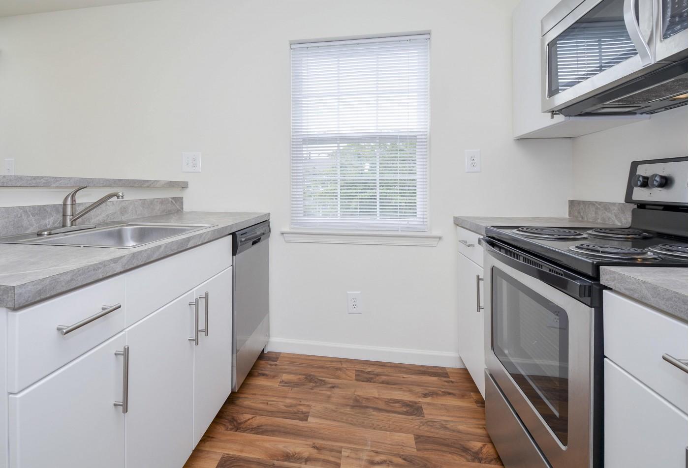Apartment Homes in Marlton, NJ | Willlow Ridge Village Apartments