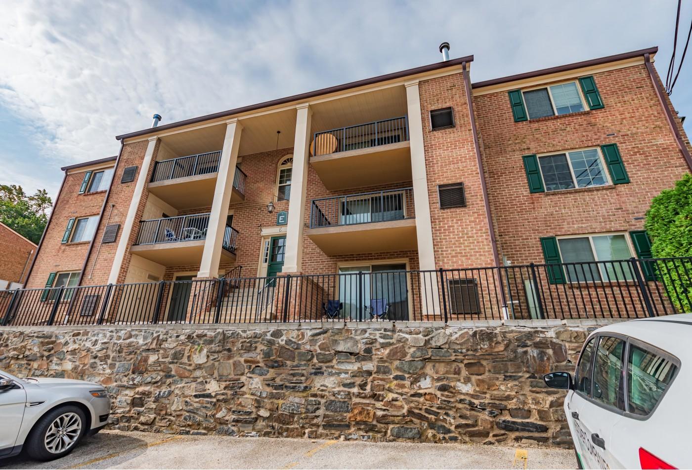 Pet Friendly Apartments In Lansdowne Pa | Hillcrest Apartments