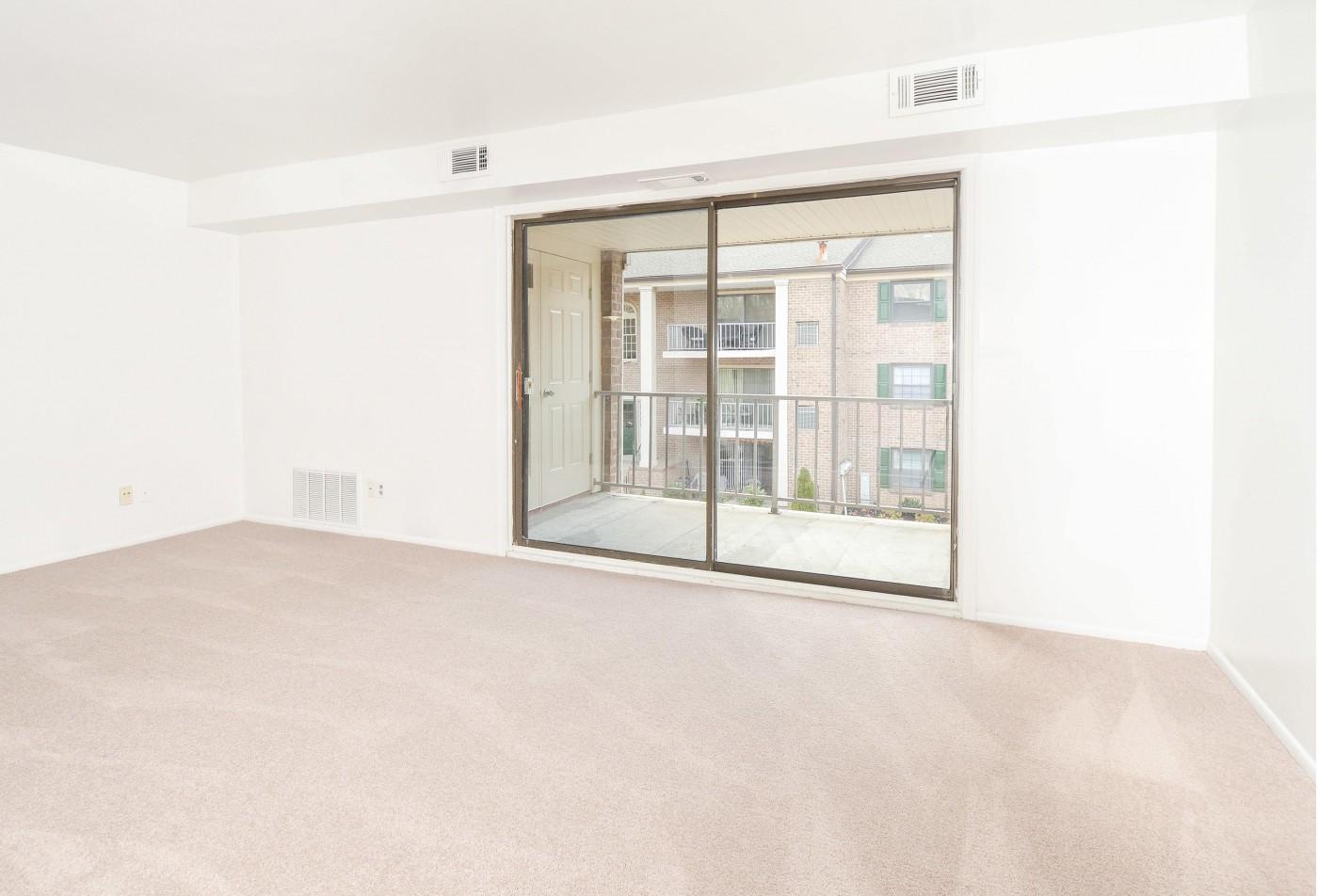 Lansdowne Apartments | Hillcrest Apartments