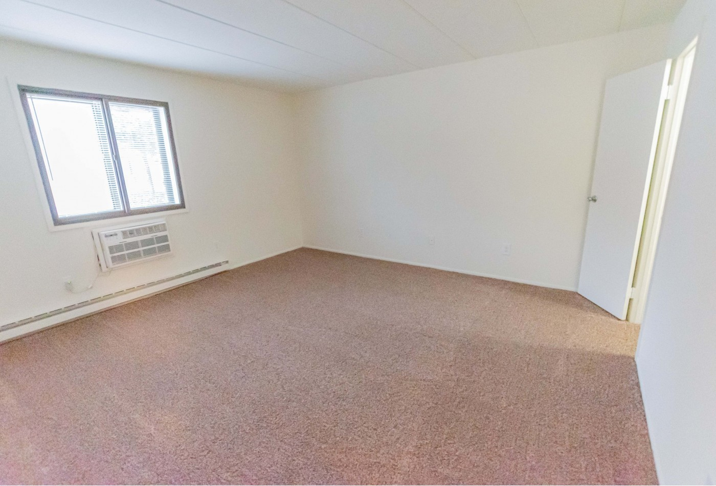 Apartments for rent in Exton, PA | Whiteland West Apartments