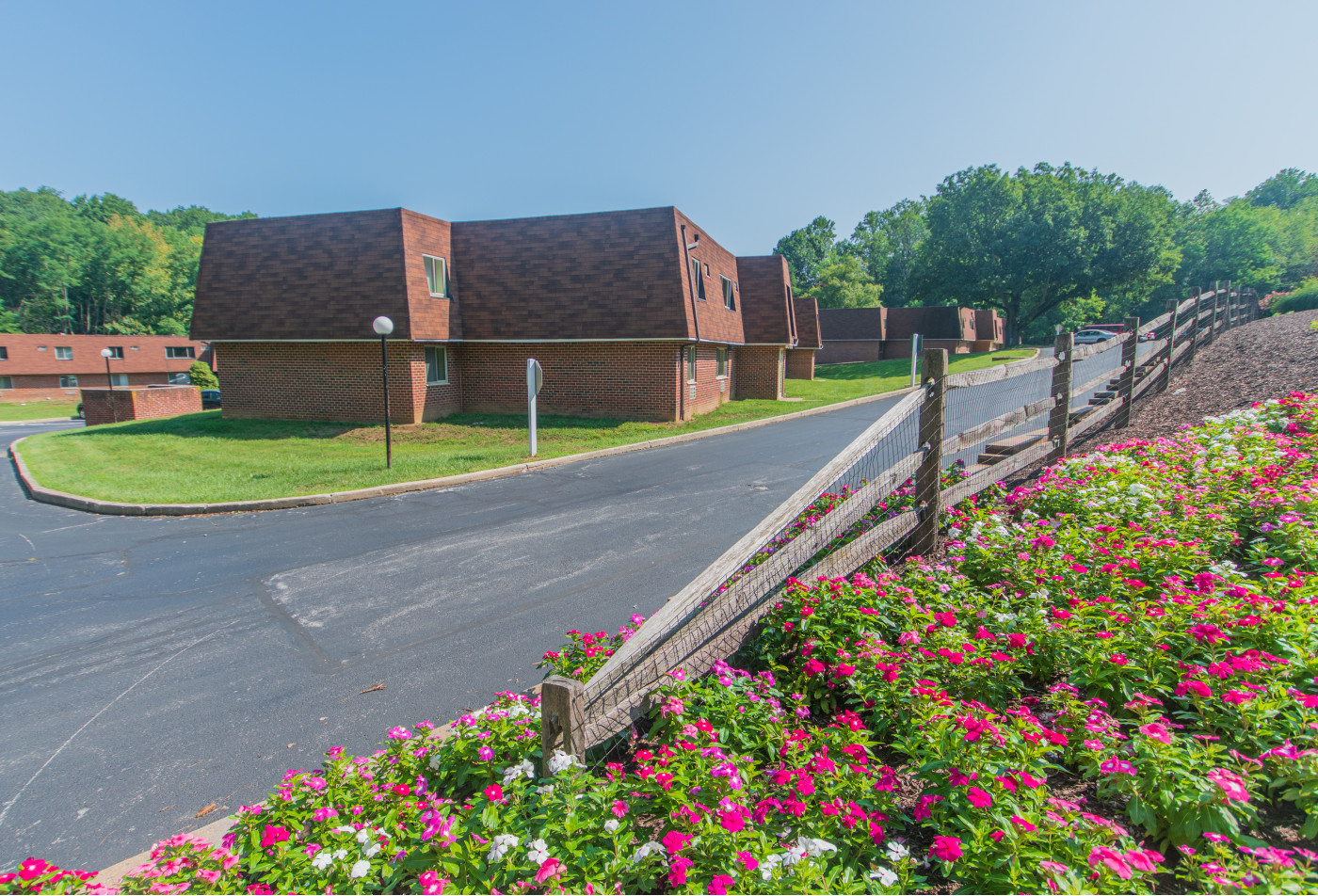 1 Bedroom Apartments In West Chester Pa | Hollow Run Apartments