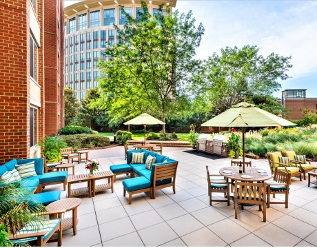 Courtyard With Grilling Stations | Meridian at Eisenhower Station | Apartments Alexandria VA