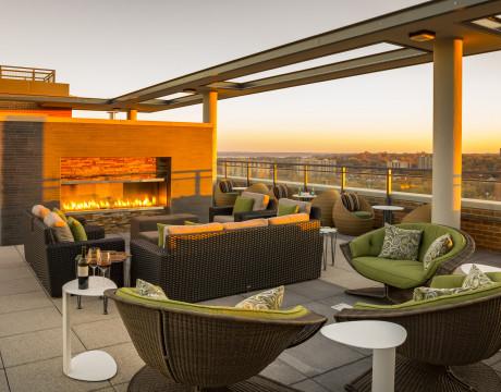 Rooftop Lounge   Parc Meridian at Eisenhower Station   Luxury Apartments Alexandria VA