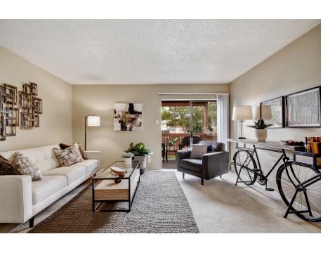 Iron Horse Valley Apartments - San Antonio TX