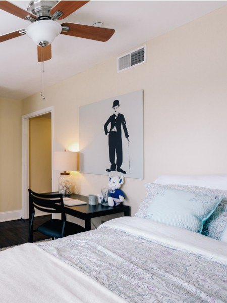 You will love living in the classically modern Coronado Place and Towers.