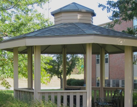 Gazebo and Landscaping | Westchester Park | Apartments In Manhattan, KS