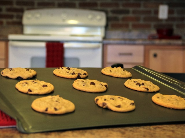 Image of Fresh Baked Cookies in the Office for Bountiful Place Apartments