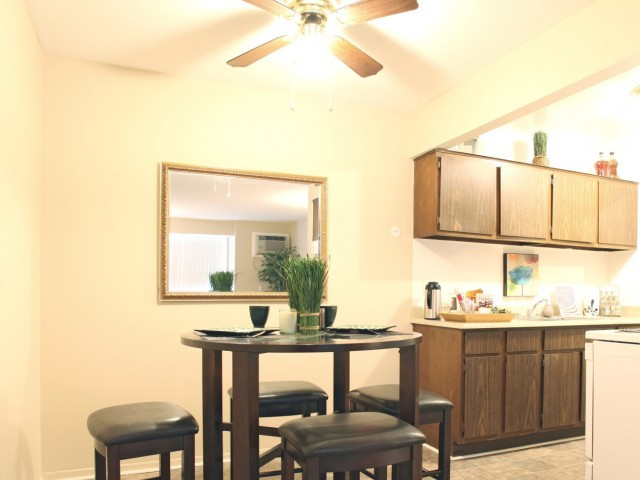 Image of Ceiling Fans for Hidden Trail Apartments