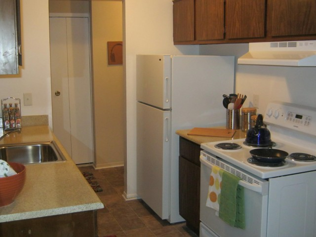 Image of Refrigerator for Hidden Trail Apartments