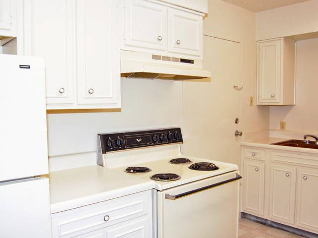 Image of All Electric Kitchen for Rosecrest Apartments