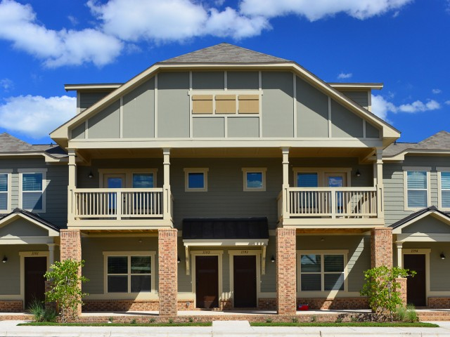 Floor Plan 38   The Retreat at Starkville. Mississippi State University Apartments for rent   The Retreat at