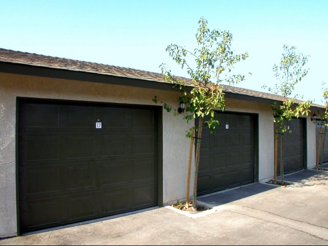 Image of Garages for Canyon Springs