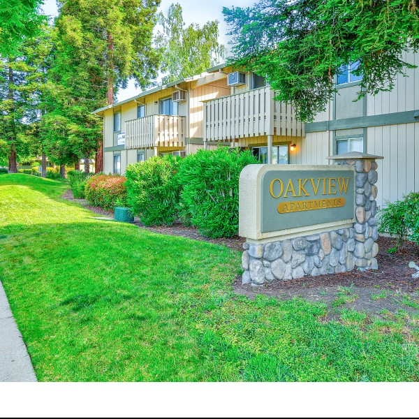 Oakview Apartments