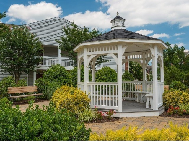 Image of Gazebo for Charter Creek Apartments