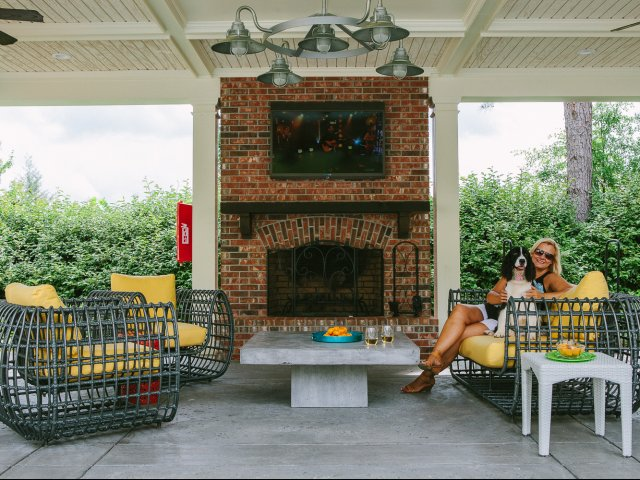 Image of Outdoor Lounge w/ Fireplace & TV for The Meadows