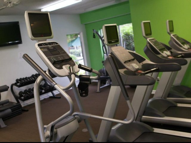 Image of 24 Hour Fitness Gym for The Lakes