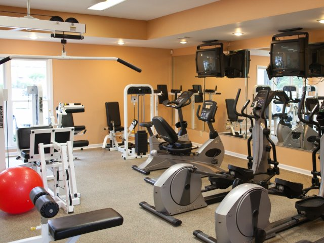 Image of 24 Hour Fitness Gym for Hunters Run