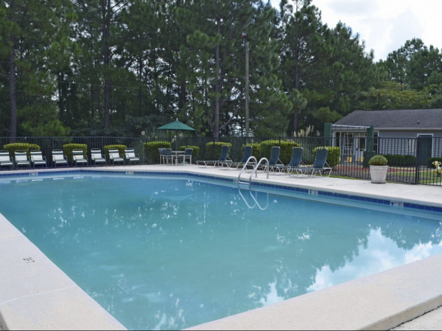 Image of Swimming Pool for Overlook Gardens
