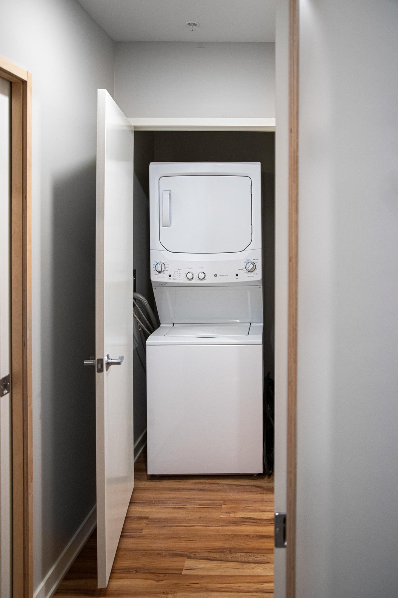 In Unit Washer & Dryer