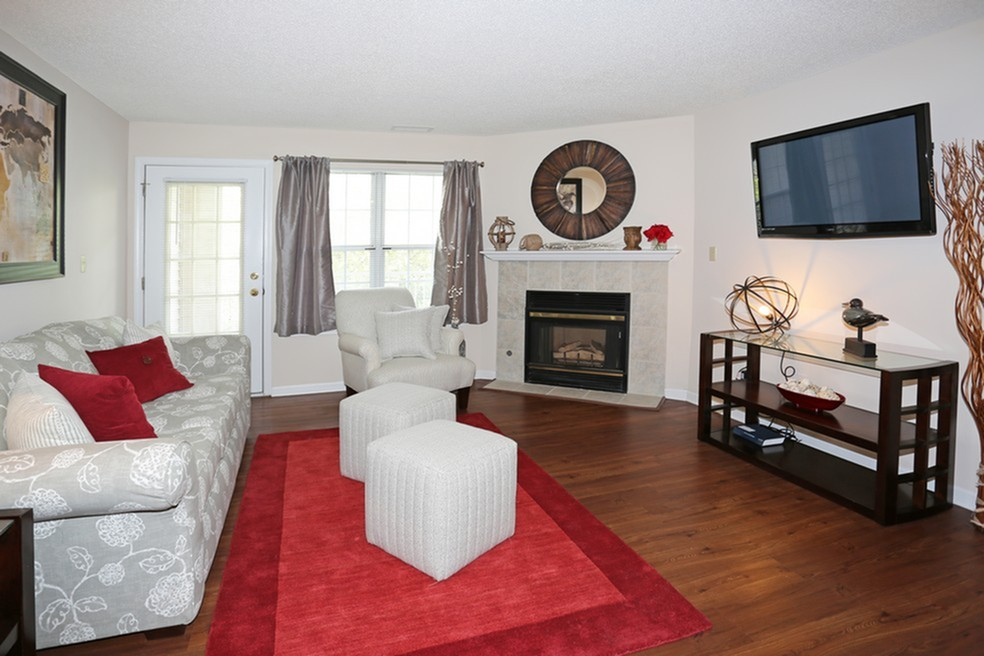 Spacious Living Room | Apartments For Rent In Williamsville Ny | Windsong Place Apartments