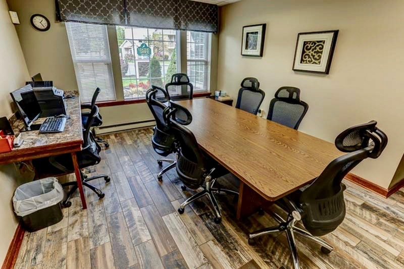 Business Center | Windsong Place Apartments