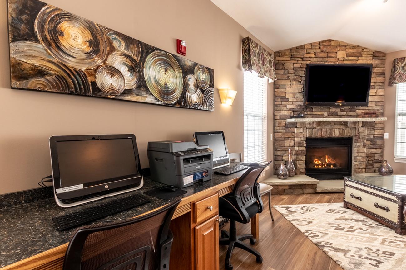Resident Study Lounge | Apartments For Rent | Renaissance Place Apartments