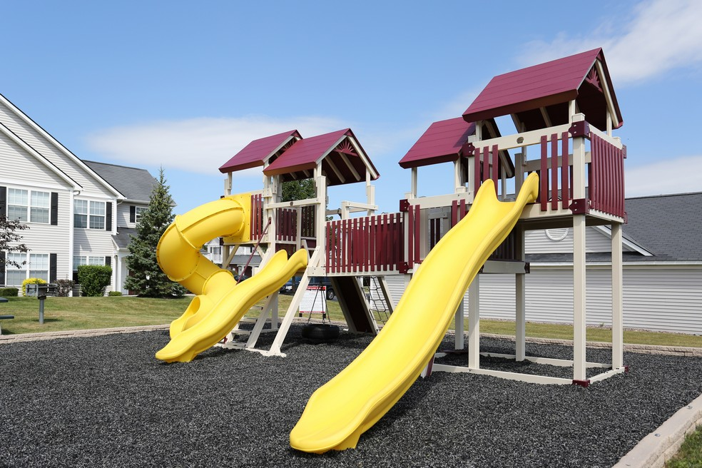Resident Children\'s Playground | Apartments Homes for rent in East Amherst, NY | Autumn Creek Apartments