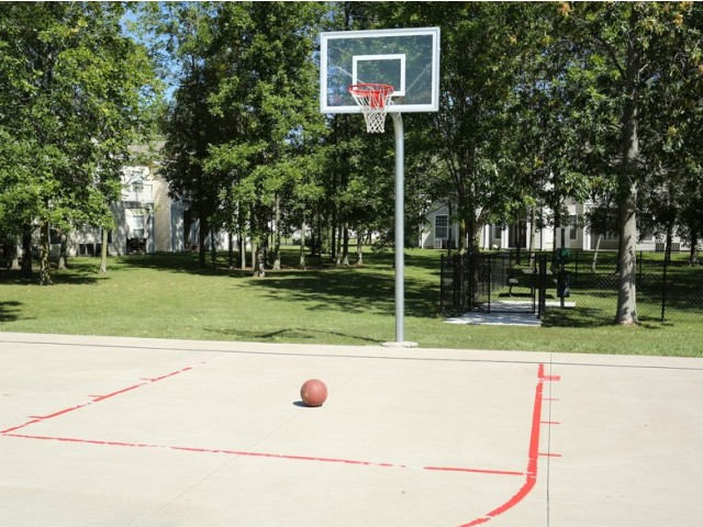 Williamsville NY apartments | sport court | Renaissance Place Apartments