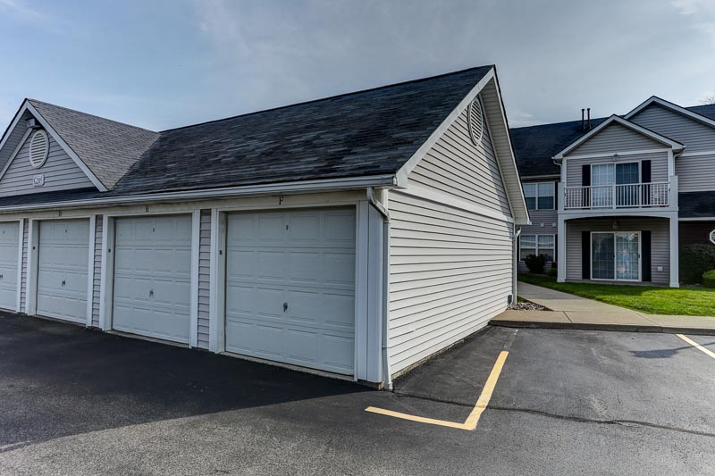 Resident Garage Parking | East Amherst NY Apartments | Autumn Creek Apartments
