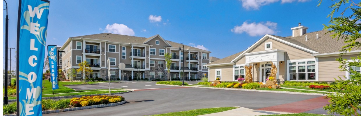 Palmer View Apartments near Easton PA | Front Entrance Leasing Office and Apartment Building