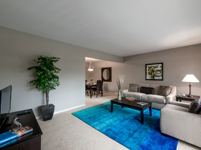 Rollingwood Apartments Silver Spring