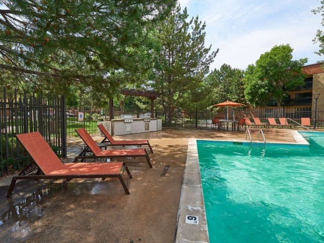 Image of Outdoor Pool for Dayton Crossing