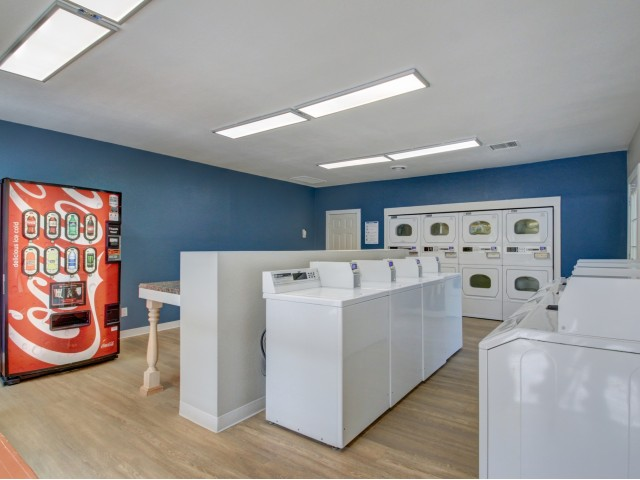 Image of On-Site Laundry Facility (Free Wi-Fi) for Riverbend