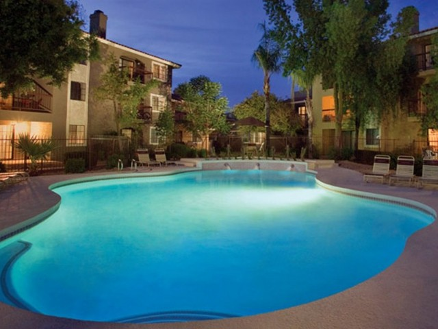 Image of Heated Shimmering Pool and Spa for Chazal Scottsdale