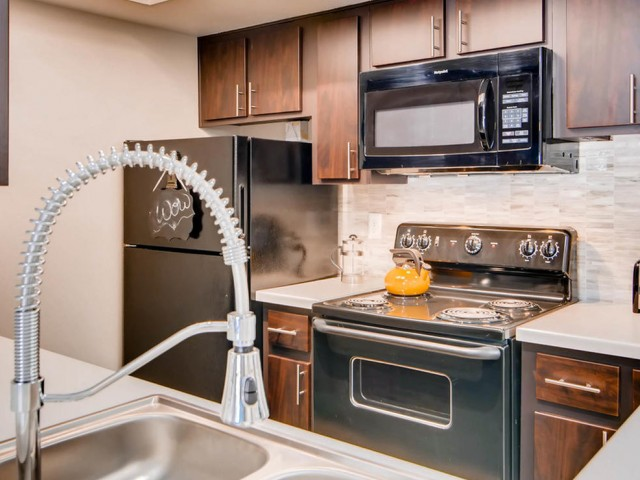 Image of Fully Equipped Kitchen for Rockledge Fairways Apartments