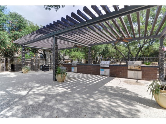 Image of Grilling Stations for Laurel Canyon Apartments