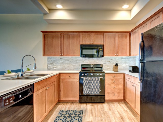 Image of Black Appliances for Chelsea Heights Apartments