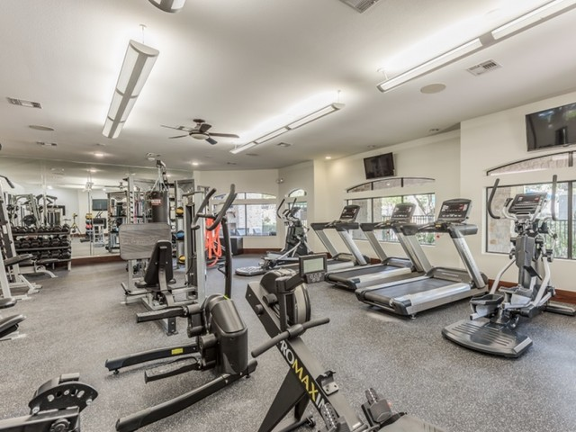 Image of Cardio and free weight fitness center for Deseo at Grand Mission