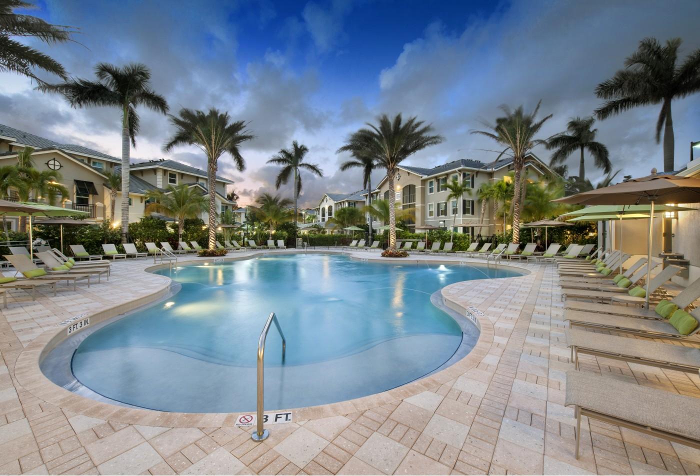 The Quaye at Palm Beach Gardens KWR Living Room