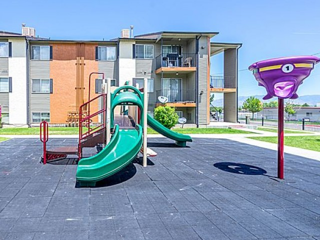 Image of Playground for Mountain View Apartments