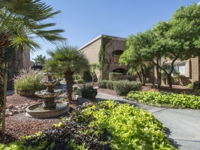 Image of Mature, Lush Landscaping Throughout for Visconti at Camelback Apartments