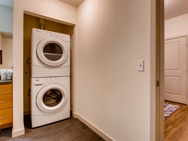 Image of Washer &     Dryer for VUE25 Apartments