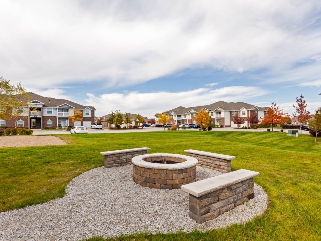 Image of Fire Pit for Autumn Breeze Apartments