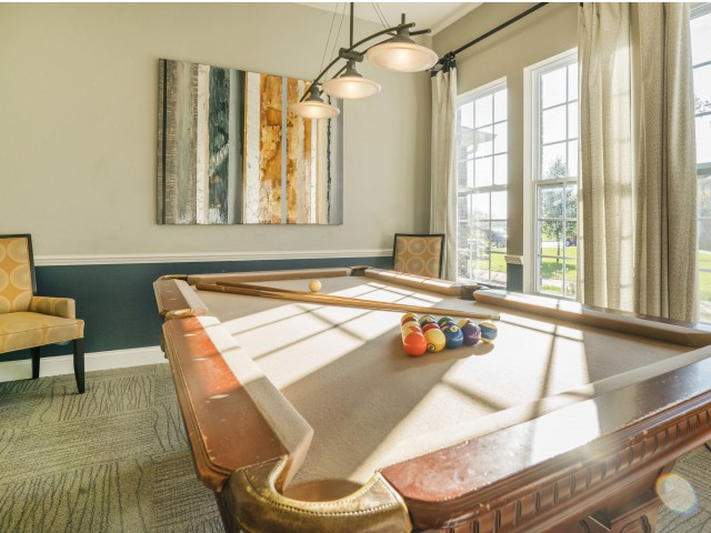 Image of Billiard Room for Autumn Breeze Apartments