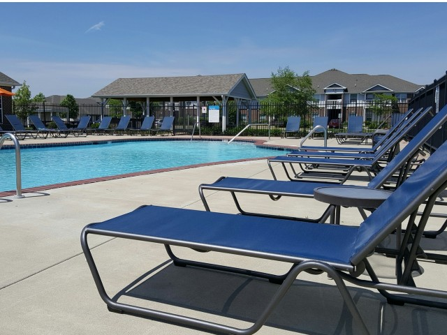 Image of Resort Style Pool for Autumn Breeze Apartments