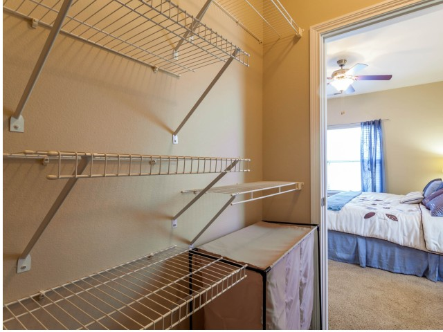 Image of Large Closets for Autumn Breeze Apartments