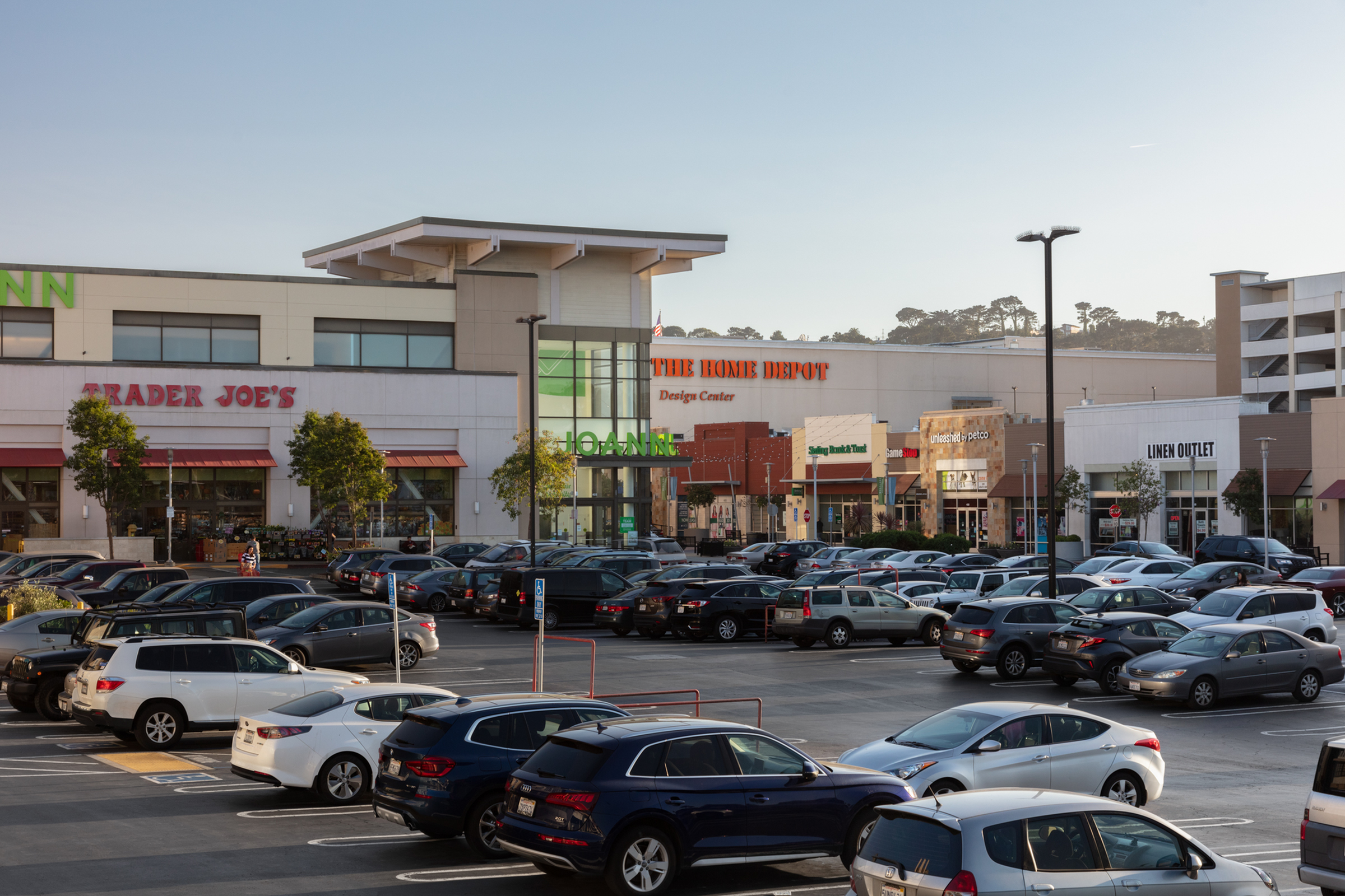 Image of Walk to Grocery stores for Westlake Village Apartments