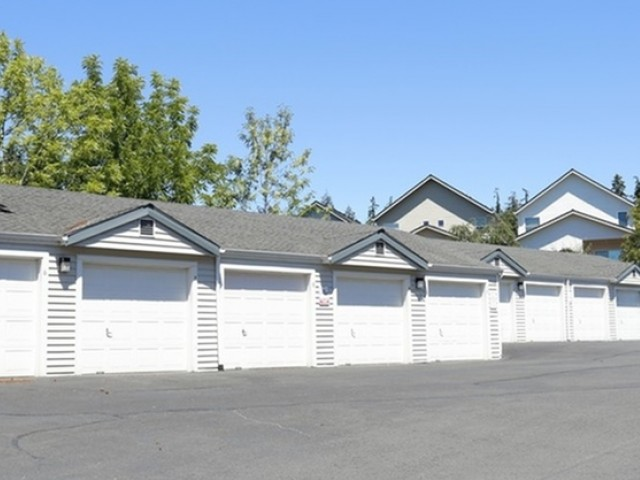 Image of Garages Available for An Additional Charge for Murrayhill Park Apartments