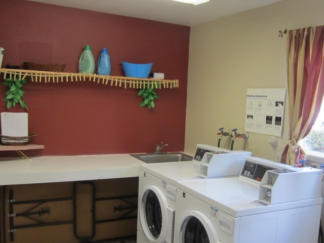 Image of On-Site Laundry Facility for Brittany Square Apartments